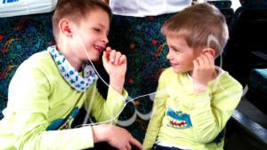 Testvér póló - festett dinós gyerek póló fiúknak.