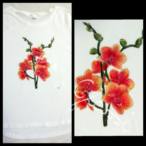 Különleges ajándék nőknek, egyedi női póló - virágos póló, orchidea. Kézzel festett póló.