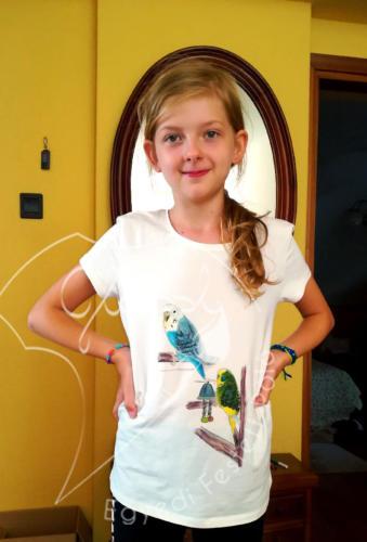 Ajándék lányoknak - egyedi gyerek póló. Állatos pólók - hullámos papagáj. Festett póló.