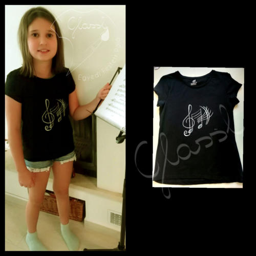 Ajándék lányoknak - egyedi gyerek póló - hangjegyek - zene. Festett póló.